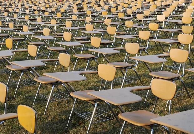 Cadeiras ; ficar sentado ; saúde ; educação ; ensino ; carreira ;  (Foto: Dreamstime)