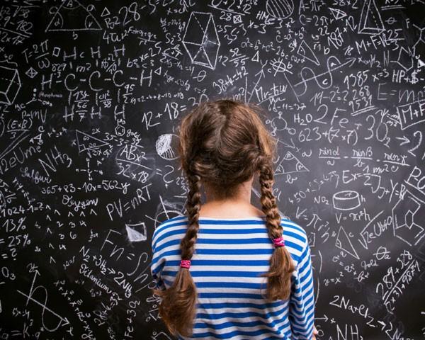 Uma pesquisa realizada recentemente pela New York University mostrou como os estereótipos de gênero influenciam meninas e meninos (Foto: Thinkstock)