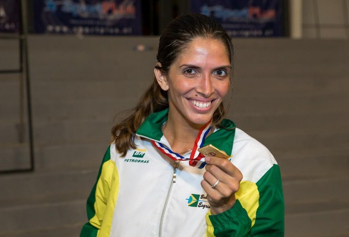 Nathalie Moellhausen - ouro no Pan (Foto: Reprodução/Facebook)