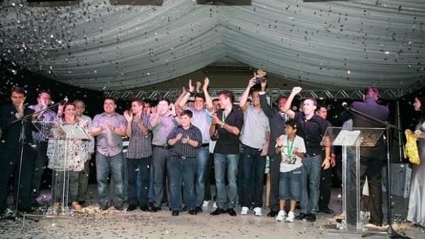 Ceará é premiado no Troféu Verdes Mares pelo título cearense de 2011 (Foto: Kid Júnior/Agência Diário)
