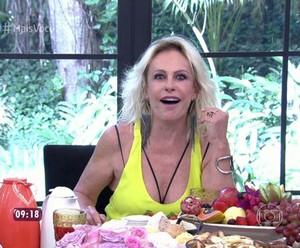 Ana Maria leva susto com pergunta de Bruno Astuto (Foto: TV Globo)
