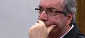 Câmara cassa mandato de Eduardo Cunha por 450 votos a 10