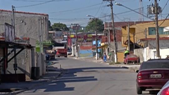 Bairro de Itaquaquecetuba fica sem telefone e internet após vandalismo