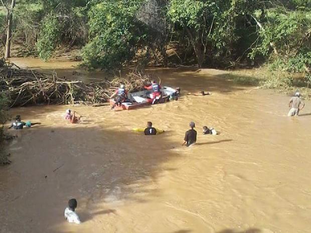 Corpo de jovem é encontrado 40 horas após desaparecimento (Foto: Karoline Carvalho/Cidadesnanet)