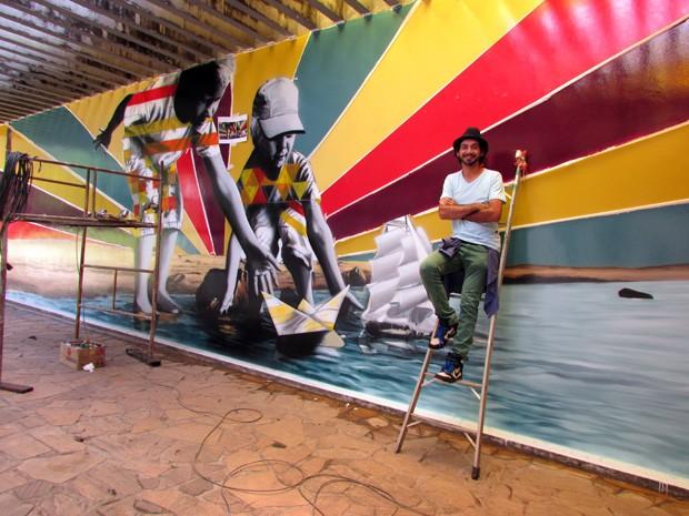 Artista Eduardo Kobra marca presença no Parque das Águas de São Lourenço  (Foto: Divulgação Nestlé)