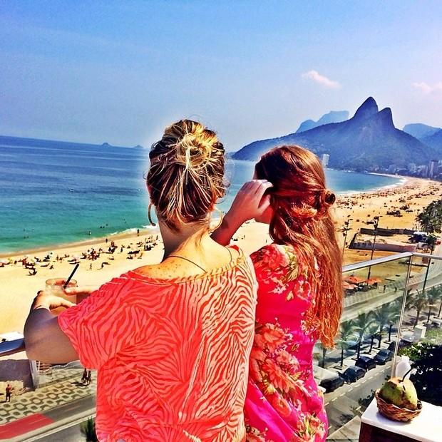 Marina Ruy Barbosa com amiga (Foto: Instagram / Reprodução)