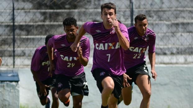Grupo do Atlético-PR treina (Foto: Site oficial do Atlético-PR/Gustavo Oliveira)