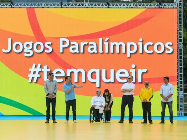 Estiveram presentes, a partir da esquerda: Marcelo Pedroso, presidente da Autoridade Pública Olímpica; Andrew Parsons, presidente do Comitê Paralímpico Brasileiro; Sir Philip Craven, presidente do Comitê Paralímpico Internacional; Carlos Arthur Nuzman, pr (Foto: Alex Ferro/Rio 2016/ Divulgação)