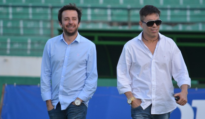 Lucas Andrino e Horley Senna dirigentes Guarani (Foto: Murilo Borges)