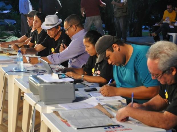Notas das escolas de samba começam a ser divulgadas em Campo Grande (Foto: Yarima Mecchi/G1 MS)