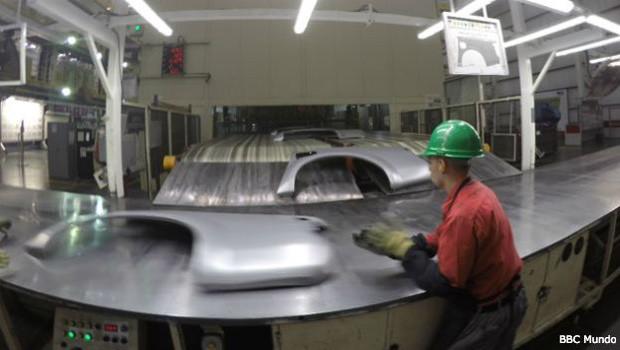 Com modelo essencialmente exportador, México manda para fora oito em cada dez veículos que fabrica (Foto: BBC Mundo)
