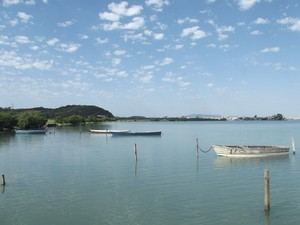 Lagoa de Araruama na manhã desta sexta-feira (19 de julho), em Cabo Frio (Foto: Tomás Baggio)