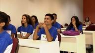 Adolescentes que vivem em abrigos têm oportunidade de participar de cursos de qualificação (GloboEsporte.com)