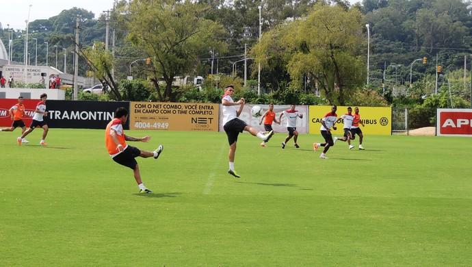 Inter treina no Parque Gigante (Foto: Paula Menezes/GLOBOESPORTE.COM)