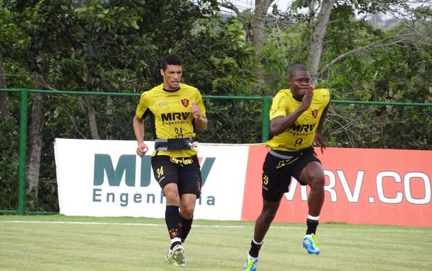 Diego Ivo, zagueiro do Sport (Foto: Elton de Castro/Globoesporte.com)