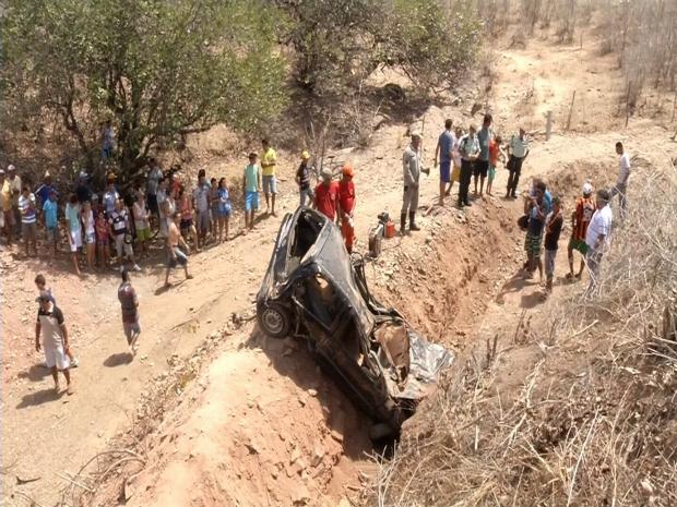 Acidente ocorreu entre Sobral e Coreaú, na zona Norte do Ceará (Foto: TV Verdes Mares/Reprodução)