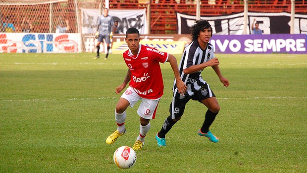 Lance do jogo entre União Barbarense e Mogi Mirim (Foto: Cláudio Mariano/ Diário SBO/ Divulgação União Barbarense)