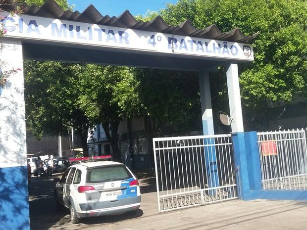 Batalhão em Vila Velha foi desocupado nesta manhã (Foto: Ouvinte CBN)