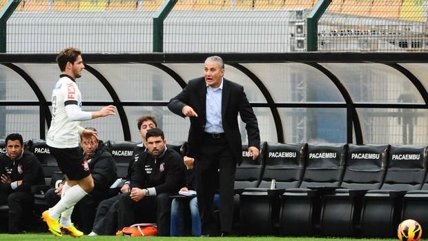 Tite Corinthians x Coritiba (Foto: Marcos Ribolli / Globoesporte.com)