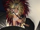Mr Catra protagoniza campanha de lingerie em que é dominado por loira