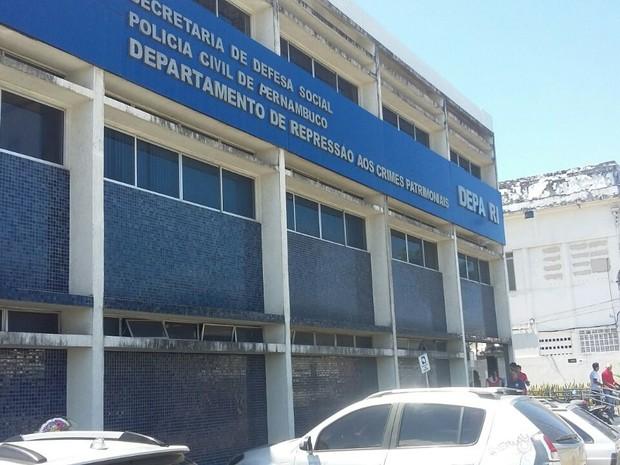 Departamento de Repressão aos Crimes Patrimoniais (Depatri), no Recife (Foto: Artur Ferraz/G1)