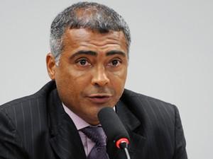 Romário preside sessão da Comissão de Turismo e Desporto (Foto: Renato Araújo/Ag.Câmara )