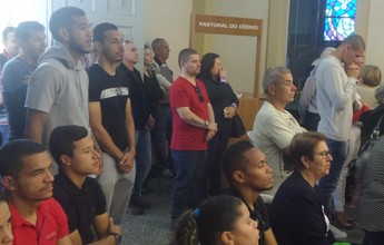 Na fé e na força: Criciúma visita igreja e trabalha forte de olho no Sampaio