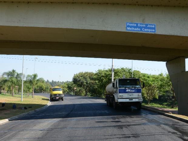 Obra de pavimentação teve início em janeiro deste ano (Foto: Emerson Ferraz)