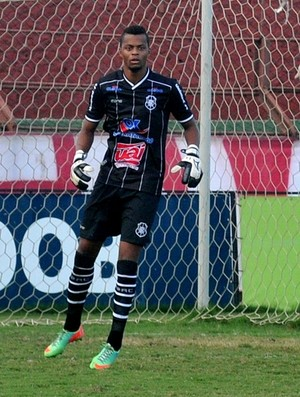 Paulo Vitor, goleiro do Rio Branco-ES (Foto: Fernando Madeira/A Gazeta)