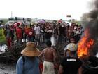 Protesto deixa trânsito lento na BR-101, na divisa entre Paraíba e PE