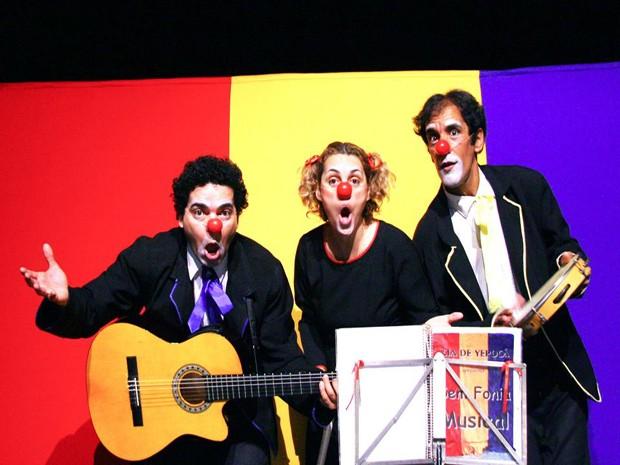 Grupo de teatro apresenta espetáculo em Luz e Santo Antônio do Monte (Foto: Yepocá/Divulgação)