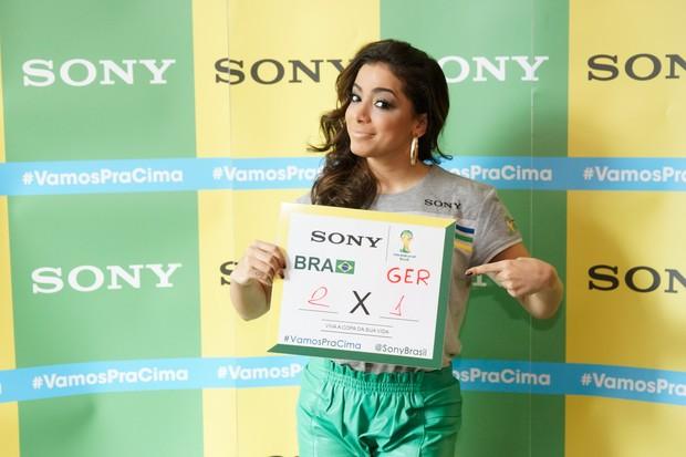 Anitta no Ponto de Encontro de encontro Sony do jogo Brasil x Alemanha - BH (Foto: Sony Produtora 7)