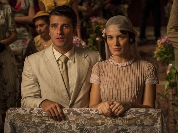 Bruno Gagliasso e Bianca Bin em cena da novela 'Joia rara' (Foto: Globo/João Miguel Júnior)