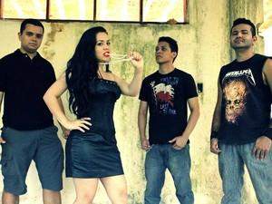 Banda Dama de Preto, criada em 2012, vai acompanhar cantora (Foto: Divulgação)