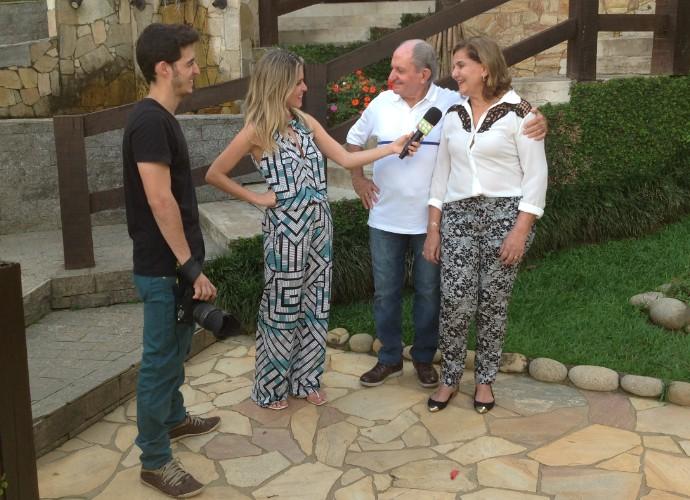 Senhor Silvério e dona Glorinha ganharam uma sessão de fotos (Foto: Camila Santos)