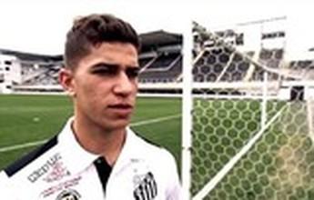 BLOG: Discreto fora de campo e brilhante com a bola: conheça melhor Vitor Bueno