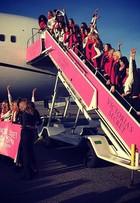 Angels da Victoria's Secret seguem em avião fretado para desfile da marca
