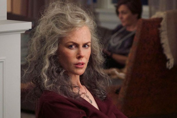Nicole Kidman se transformou de forma radical para viver sua personagem em Top of the Lake - China Girl (Foto: Divulgação)