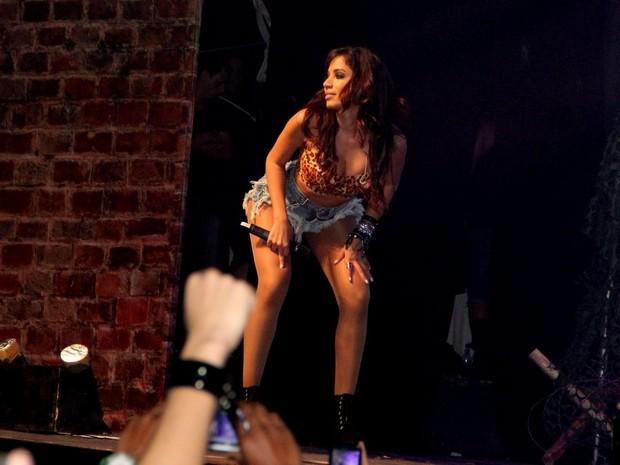 Anitta em show em São Gonçalo, no Rio (Foto: Rodrigo dos Anjos/ Ag. News)