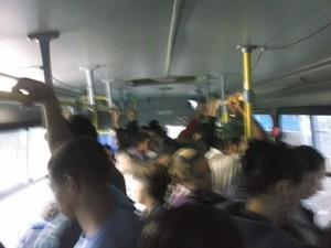 Passageira reclama de ônibus que atende área rural em Piracicaba (Foto: Priscila Carvalho Coimbra/acervo pessoal)