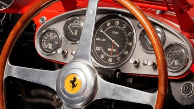 Ferrari cl ssica modelo 1957 vai a leil o e pode se for Catalogo grand prix