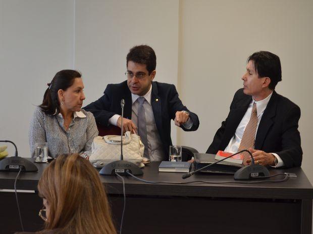 Reunião ocorreu na manhã desta terça (Foto: Tássio Andrade/G1)