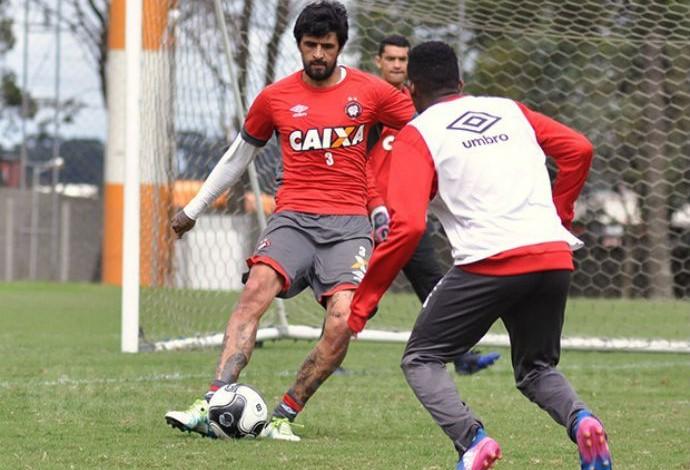 Lucho González Atlético-PR (Foto: Mauricio Mano/Atlético-PR)