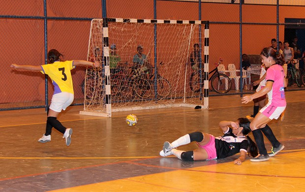 Buriti vence Real madrid na Final Futsal Feminino sub-17  (Foto: Reynesson Damasceno (FRFS))