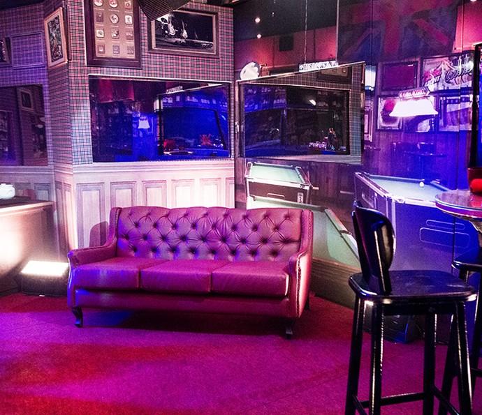 Confira a decora o da festa pub bbb not cias em bbb 16 for Mobilia anos 60