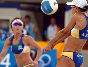 vôlei de praia adriana behar shelda Misty May Kerri Walsh final olímpica atenas 2004 (Foto: COB)