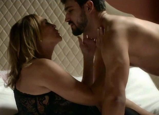 Eduardo Palagreco estrelou cenas quentes com Susana Vieira em 'Os Dias Eram Assim' (Foto: Reprodução/Instagram)