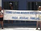 Grupo protesta por não conseguir tirar carteira de pescador há três anos
