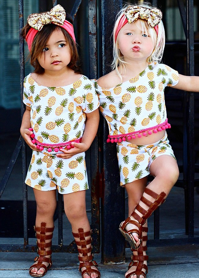 Everleigh Soutas e Ava Foley: melhores amigas e fashionistas de mão cheia (Foto: Little Red Nose Photography/Reprodução)