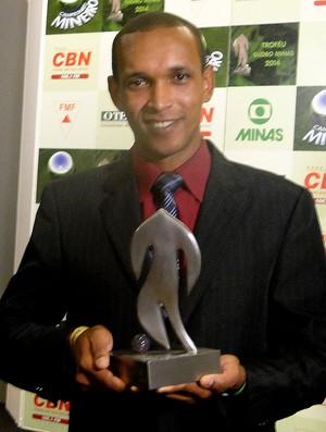 Time do Cruzeiro campeão de vôlei homenageado especial troféu Globo Minas (Foto: Mauricio Paulucci)
